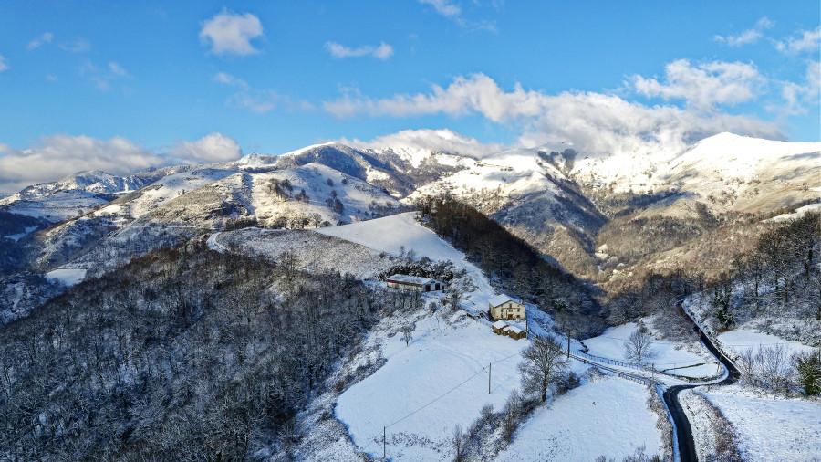 Reportages photos durant un épisode neigeux dans la vallée des Aldudes